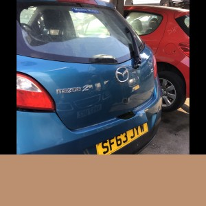 Mazda 2 2013 rear hatch