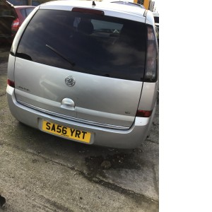 Vauxhall meriva 2006 rear hatch